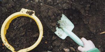 Het 1-jarig jubileum van onze compostbak